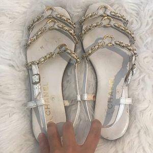 Vintage Chanel Flat chains Sandal